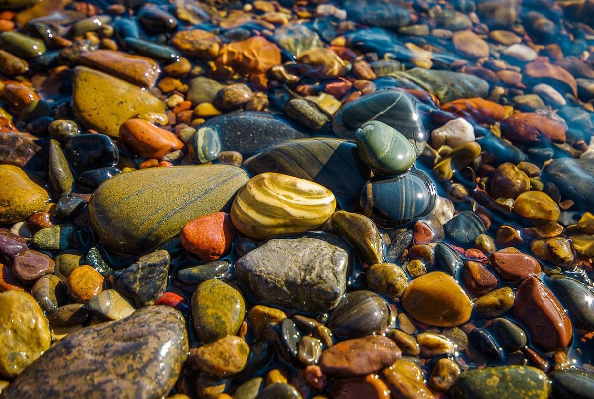 Картинки из цветных камней